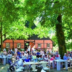 Eindelijk, het kan weer, terug naar het normale<br />Het eerste zomerconcert van St. Remigius harmonie op 4 juli op Het Stift