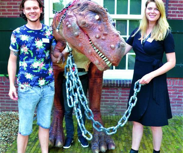 Ludieke opening expositie 'Dinosaurus!?'…….