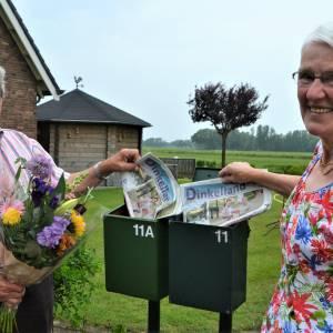Herman Lucas stopt na 35 jaar bezorging Dinkelland Visie, maar echtgenote Rikie gaat daar, na 20 jaar, nog 'gewoon' mee door