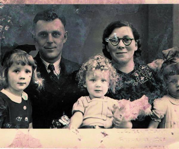 Wie zijn de mensen op de foto?