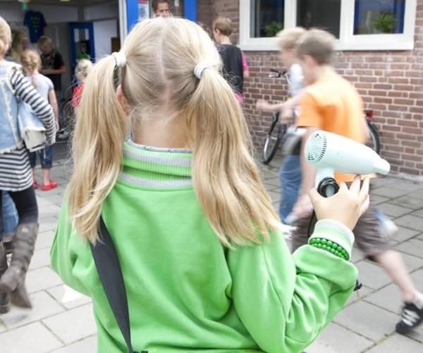 Denekampse basisscholen zamelen afgedankte apparaten in voor Wecycle