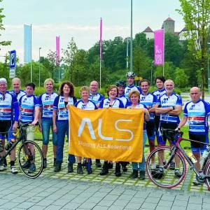 Team 'Machinefabriek Westerhof stapt en trapt ALS de wereld uit' traint in Bad Iburg