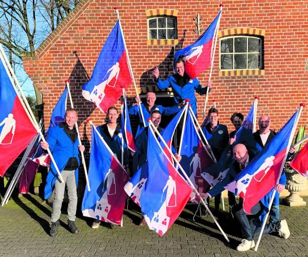 'n Lesten Stuuver trakteert: ruim 900 woningen krijgen een vlag