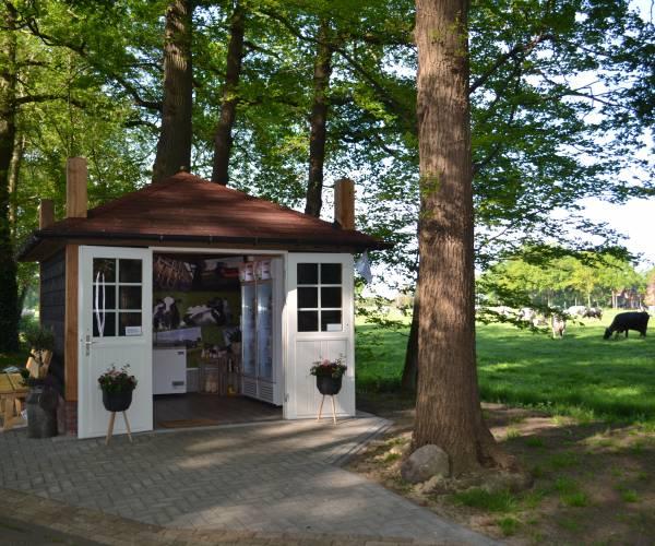 Kotman's Zuivelhuuske opent haar deuren