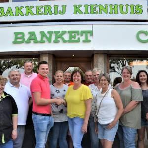 'Oliebollenbakkers' maakten uitstapje naar Avonturenpark Hellendoorn voor 30 kinderen mogelijk