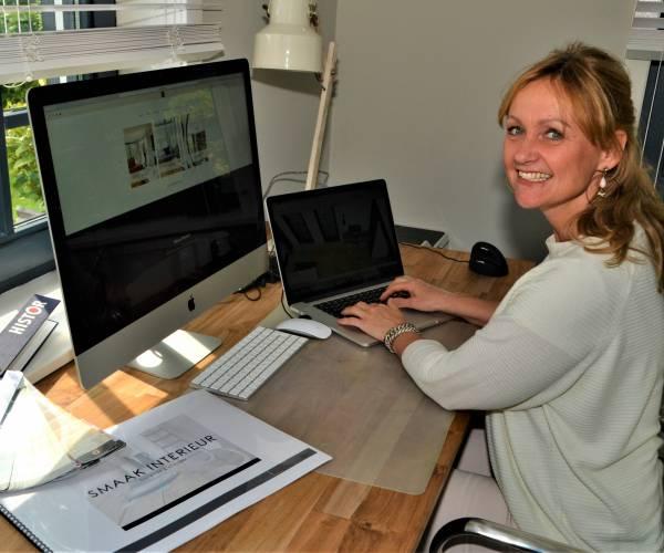 Kitty Pikkemaat met haar 'Smaak Interieur' voor smaakvolle woning- en kantoorinrichting