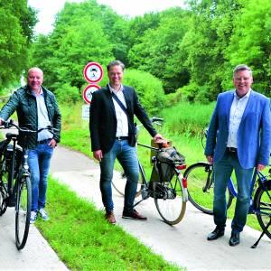 'Karrespoor' fiets- en wandelpad langs gedeelte Almelo-Nordhornkanaal officieel opengesteld