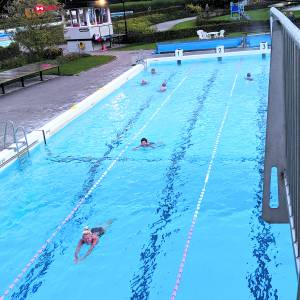 Sfeervolle afsluiting van bijzonder zwemseizoen bij De Kuiperberg
