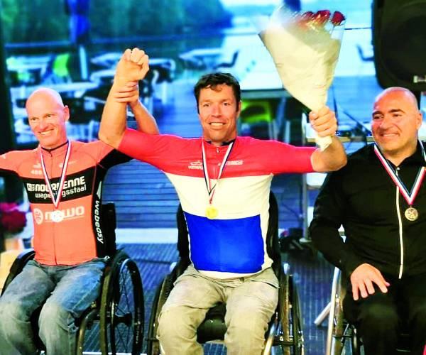 Handbiker Mark Mekenkamp Nederlands kampioen tijdrijden